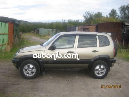 Купить Chevrolet Niva 2005 года в городе Мурманск
