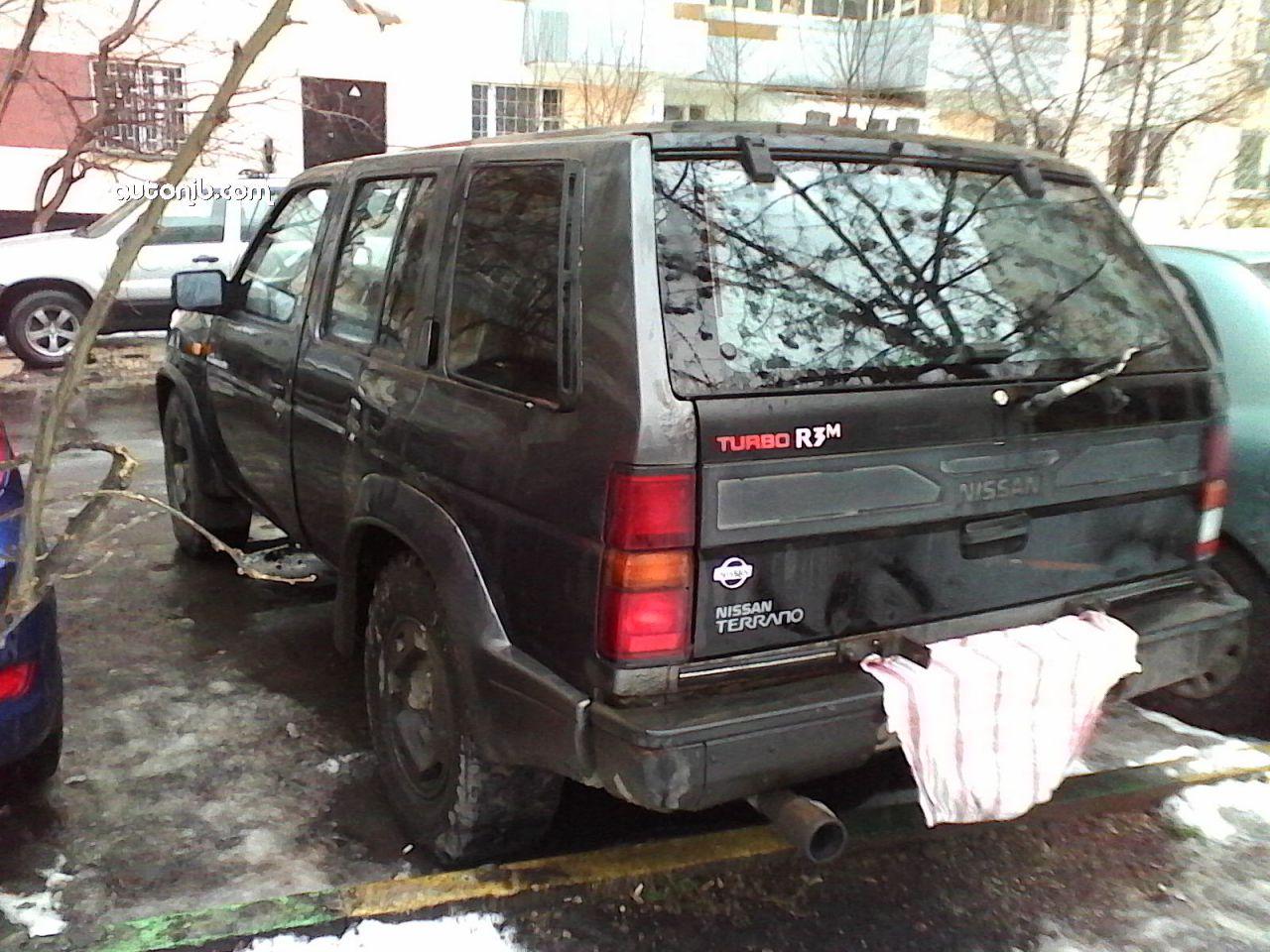 Купить Nissan Terrano 1990 года в городе Москва