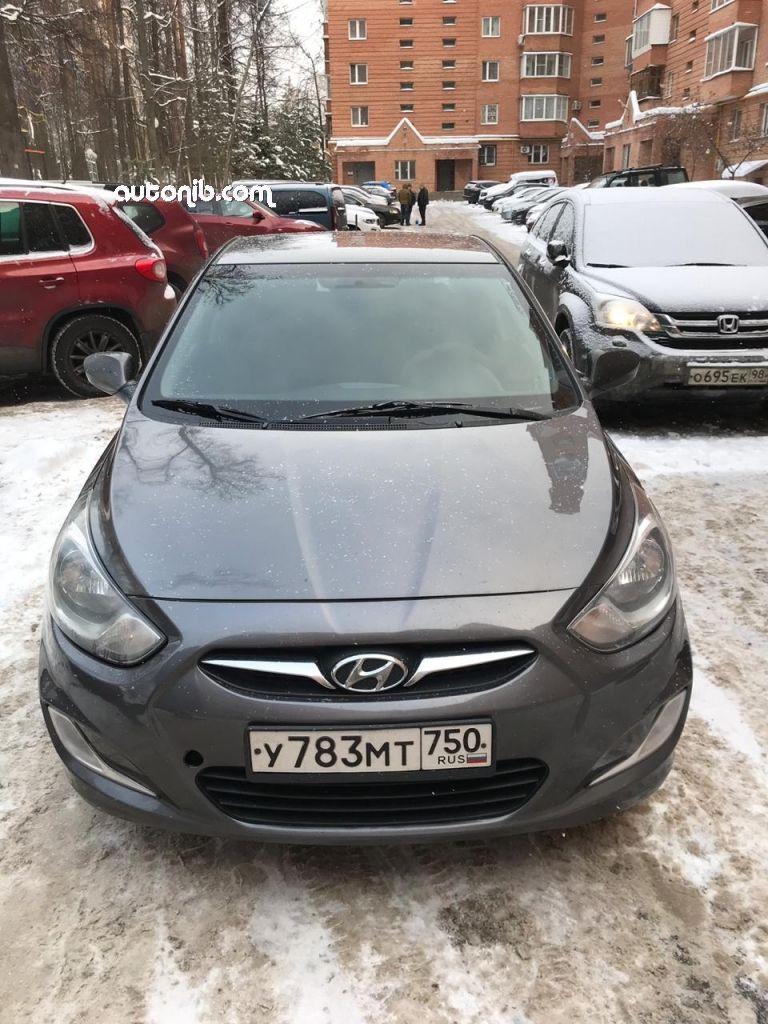 Купить Hyundai Solaris 2013 года в городе Москва