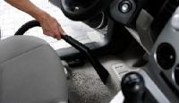 Очистить кожаный салон автомобиля
